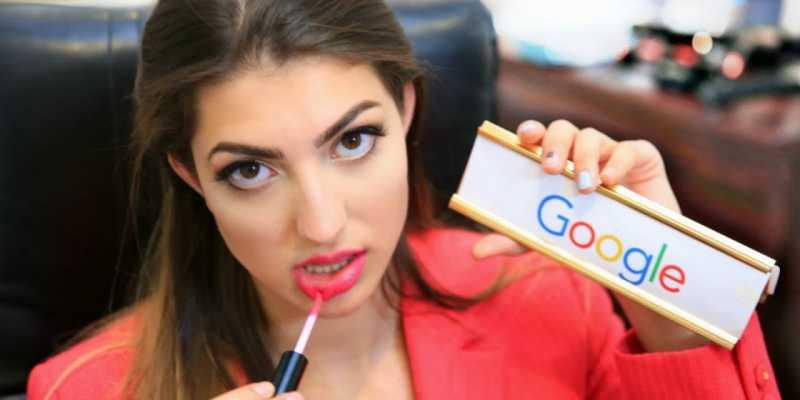 На Google снова подают в суд