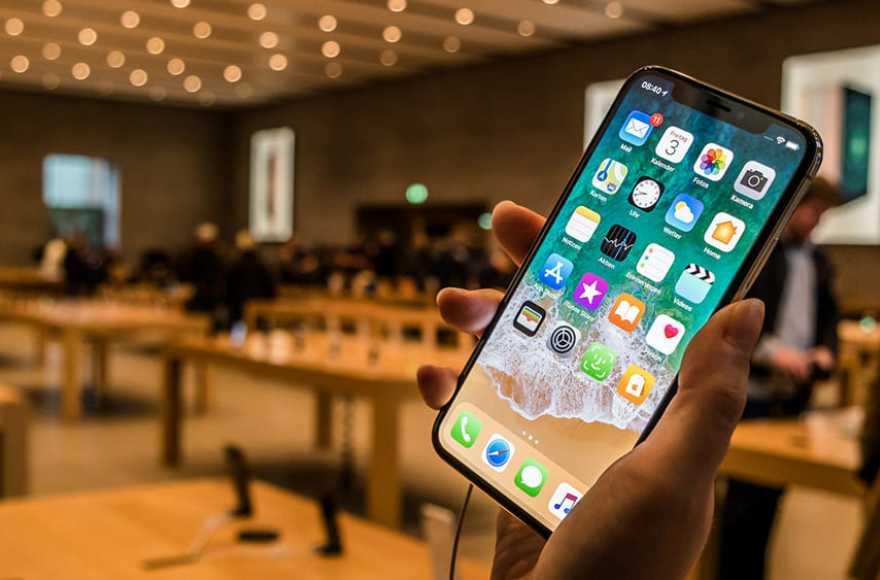 Итальянцы подали в суд на Apple из-за умышленного замедления старых смартфонов