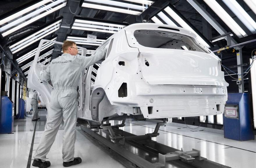 Завод Volkswagen предложил работникам уволиться